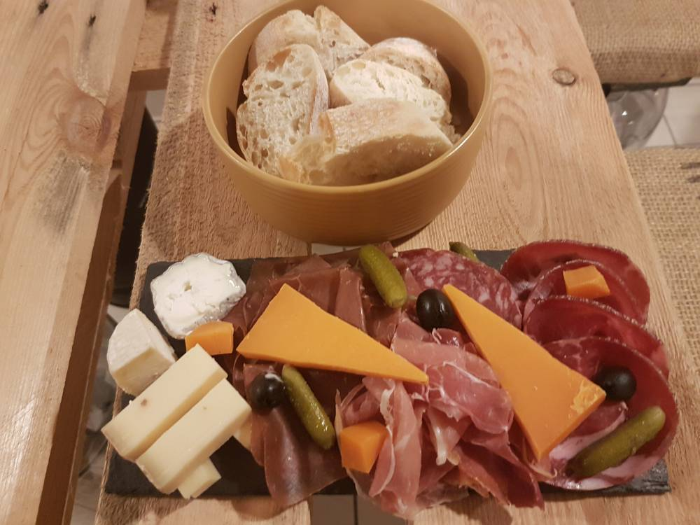 Petite Ardoise Charcuterie-Fromages