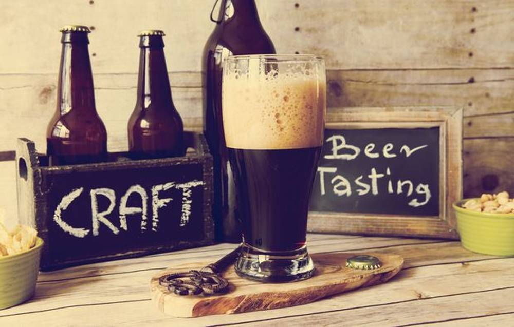 craft-beer-tasting
